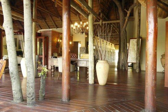 Imbali Safari Lodge: Common  lodge areas