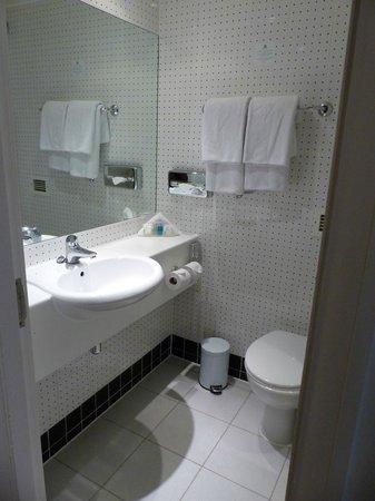 Holiday Inn London Bloomsbury : salle de bains