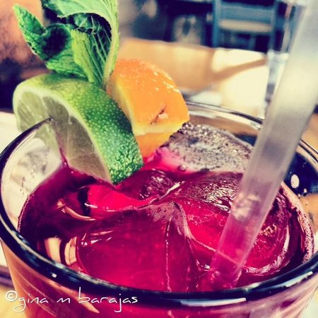 The Boulder Dushanbe Teahouse: Hibiscus Iced Tea
