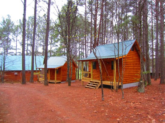 Genial Whitewater Express   Ocoee Camp: Cabins