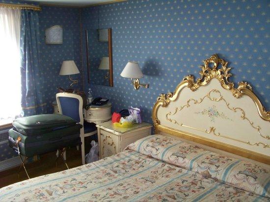 Hotel Torino: Decoração clássica em um quarto aconchegante