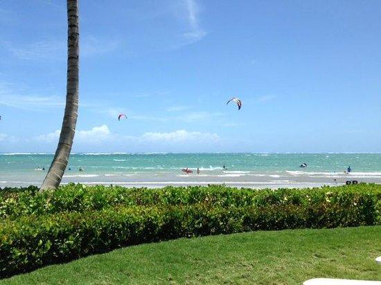 Dorado Beach, a Ritz-Carlton Reserve: Boys kiting
