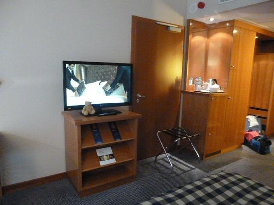 Radisson Blu Centrum Hotel Warszawa: tv and refreshments area