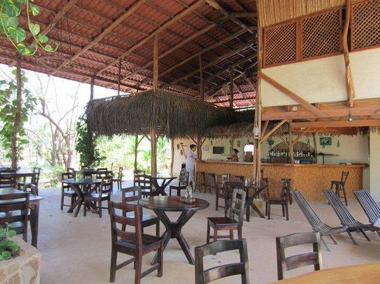 Mundo Milo Eco Lodge: bar and restaurant