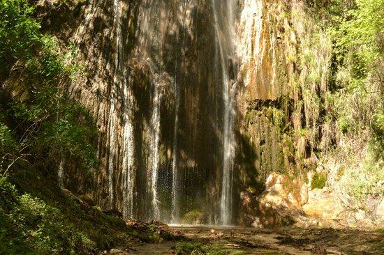 Valle delle Ferriere : Cascata Ferriere