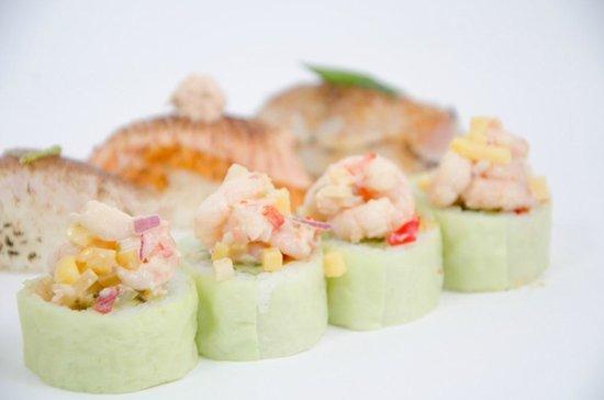 Sushi Taxi : Shrimp Salsa on Avocado Maki/Stork/Pregnant Woman