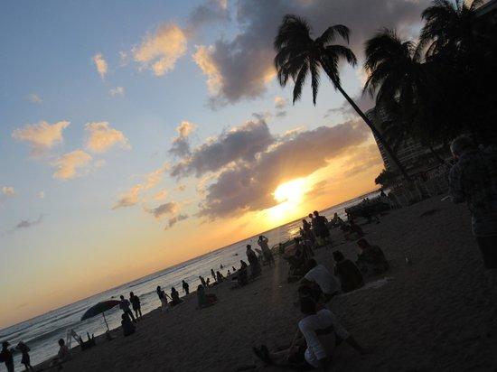 Hyatt Place Waikiki Beach : from Wakiki Beach, 5 min walk from hyatt place