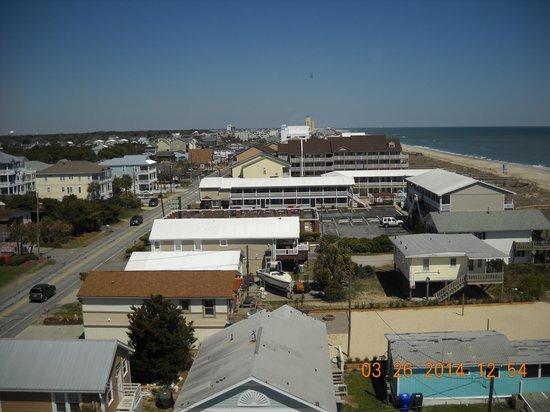 Golden Sands: North city view of Carolina Beach