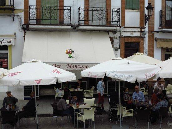 El Manzano: VISTA DEL RESTAURANTE