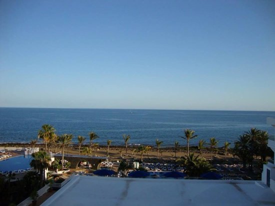 VIK Hotel San Antonio: View from balcony