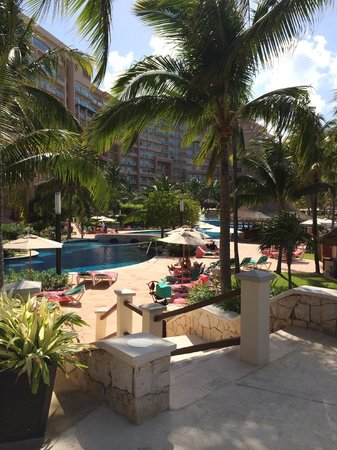 Grand Fiesta Americana Coral Beach Cancun: Pool view