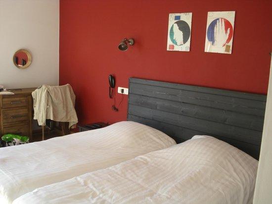"""Hotel Des Argousiers : La chambre """"Le petit chelem"""""""