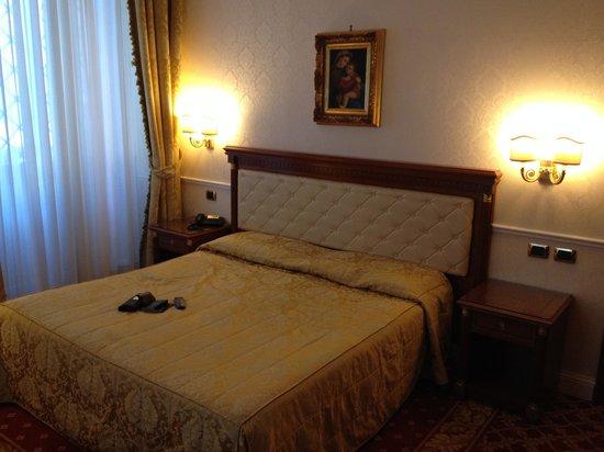 Hotel Villa Pinciana: Room