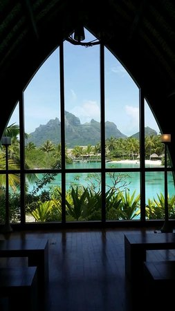 Four Seasons Resort Bora Bora: View from the Chapel
