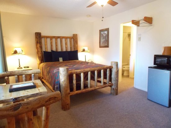 Ouray Riverside Inn and Cabins: Single Queen Room