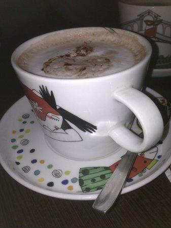 Pingouino Cafe: Hot chocolate