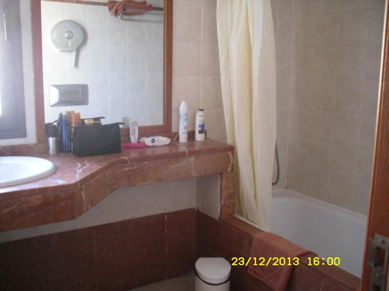 Broncemar Beach : Bathroom