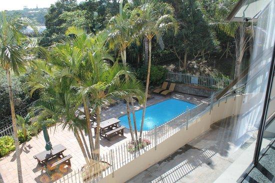 Margate Beach Club: Pool area of the cabanas