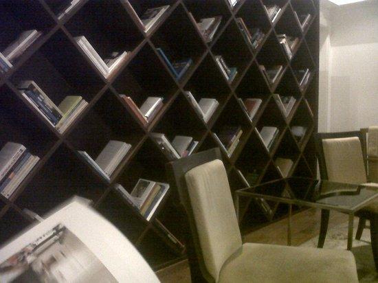 Hotel Pulitzer Buenos Aires: Biblioteca