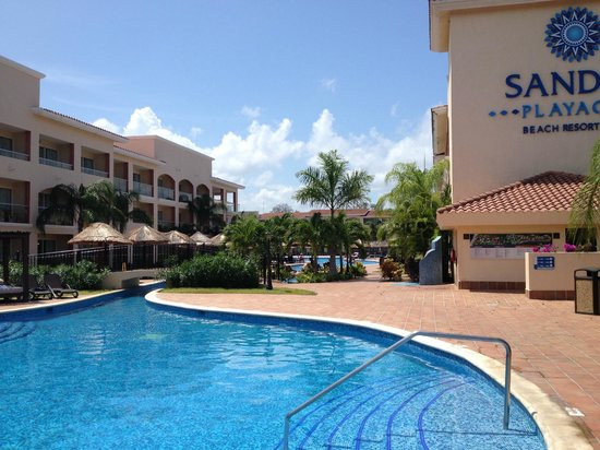 Sandos Playacar Beach Resort : Piscine - Adultes Only