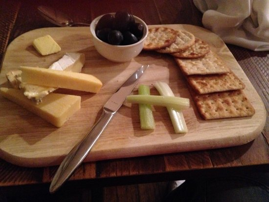 The Kings Hotel: Cheese board