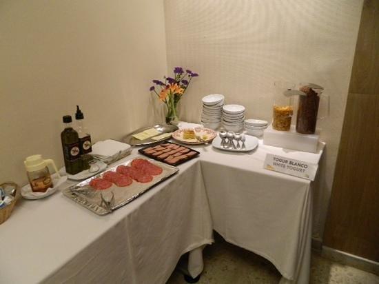 Hotel Plaza Santa Lucia: fabulous breakfast