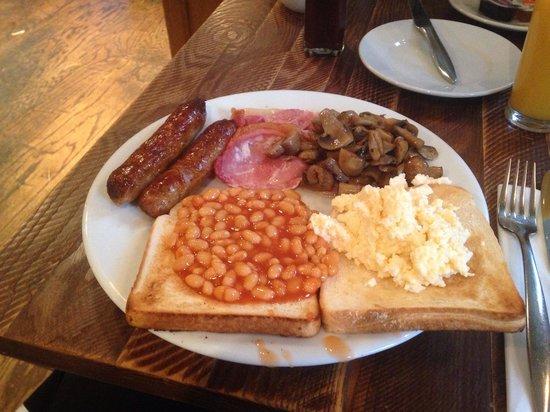 The Kings Hotel: Breakfast