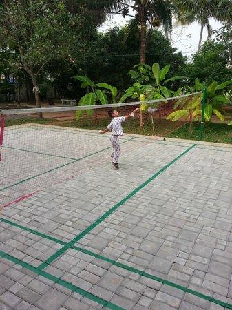 Palm Grove Service Villa: play