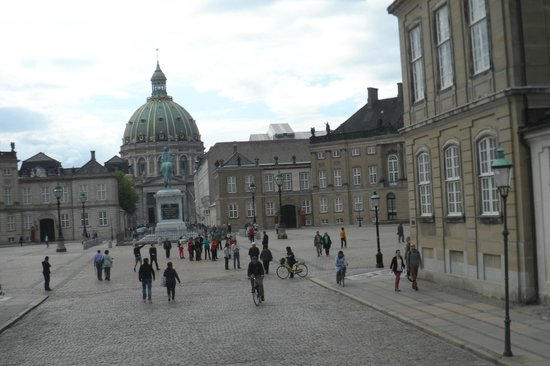 Frederiks Kirke (The Marble Church): Marble Church - view from square