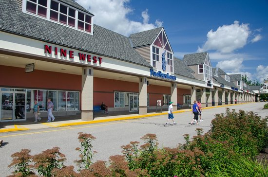 Tanger Outlets in Tilton, NH is about 1 1/2 hours from me in VT. I've been shopping here for years, and it keeps getting better. Not only great deals, but Starbucks, Uno and chocolate shop.4/4(31).