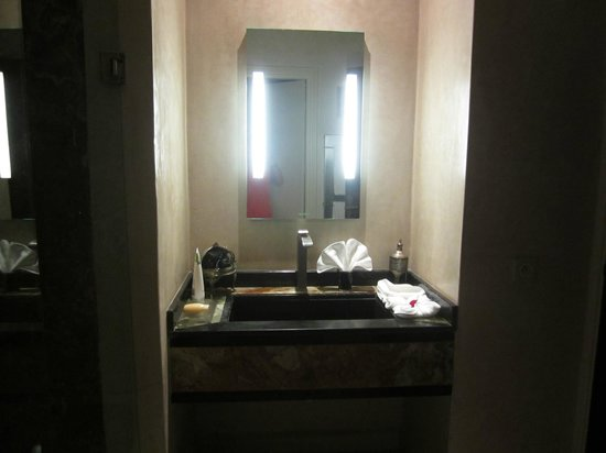 Villa Makassar : Our bathroom