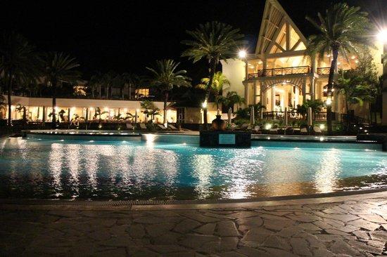 The Residence Mauritius: PISCINA