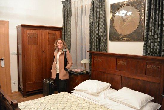 Hotel U Zeleneho hroznu (Hotel At the Green Grape): Our room