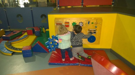 Snibston Discovery Museum and Country Park: How to wear out your children part 1