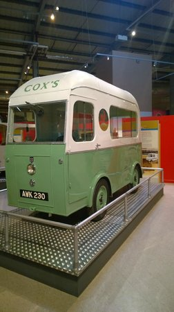 Snibston Discovery Museum and Country Park: Ice cream van
