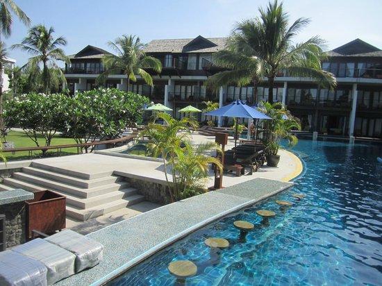 Holiday Inn Resort Krabi Ao Nang Beach : Poollandschaft