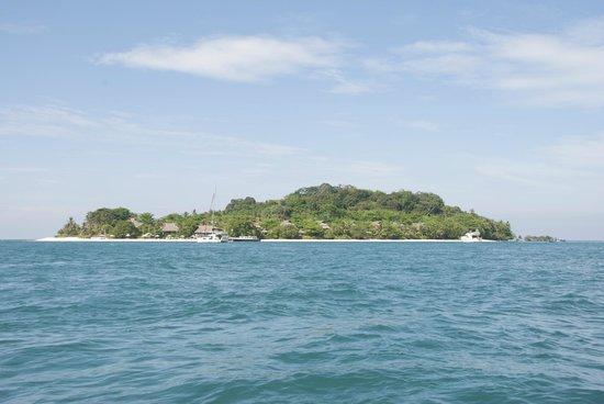 Nikoi Island: The Island