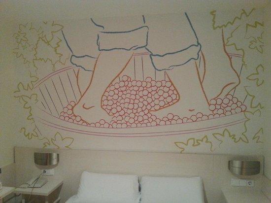Hotel Palacios : Un poco de la decoración de la habitación