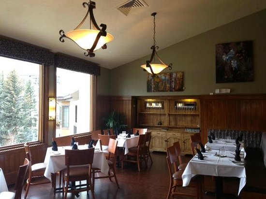Black Diamond Bistro: Dining Room