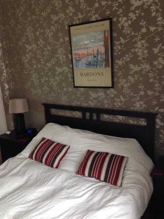 Ascot House Hotel : Bedroom at Junior Suite