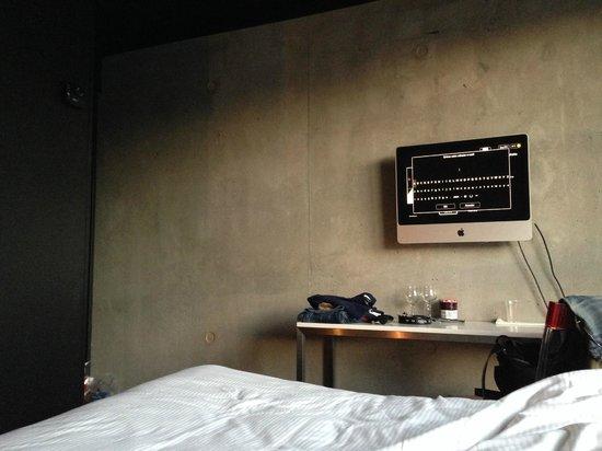 Mama Shelter Paris : room