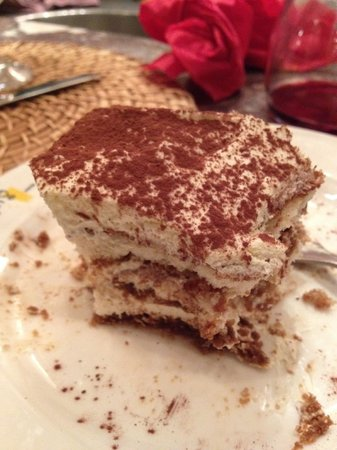 Pulalli Wine Bar: Best tiramisu ever