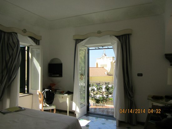 Hotel Palazzo Murat : balcony room