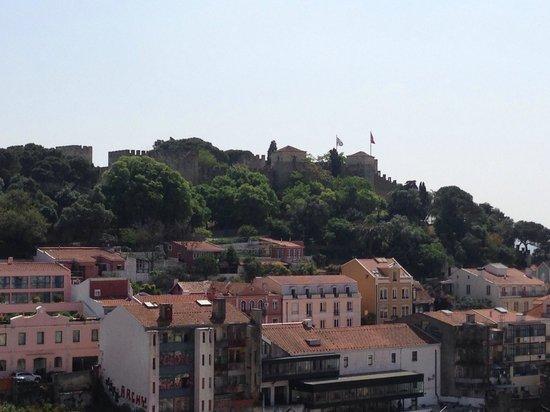 Miradouro da Graça : Vista del Castelo de Sao Jorge