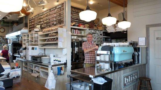 Sheer Bliss Bakery Cafe : friendly owner