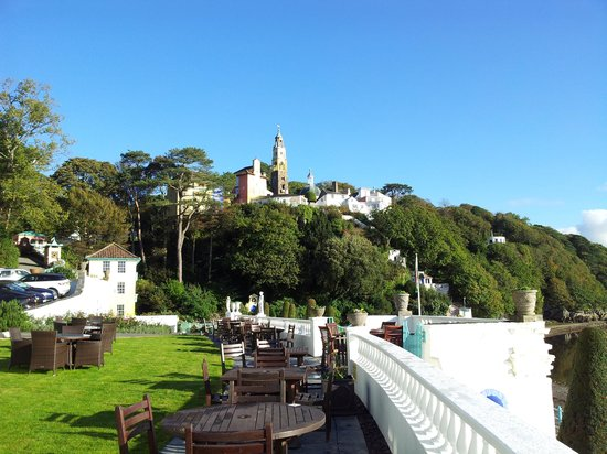 Hotel Portmeirion : View of the Portmierion Village from the hotel.