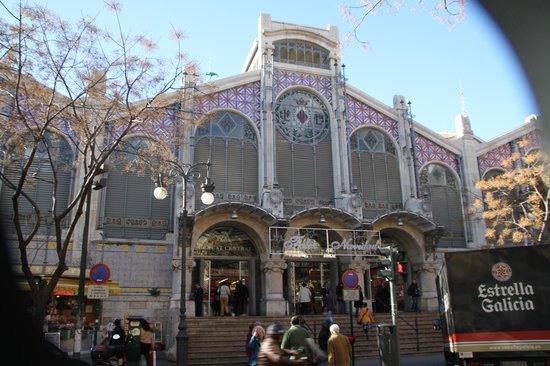 """Central Market (Mercado Central) : De compras por """"el central"""""""