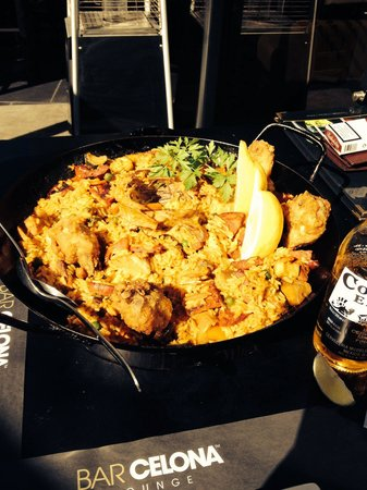 BarCelona Lounge: Meat, chicken & rabbit paella.. So yummy!