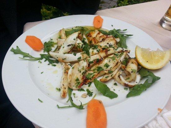 Pizza Roma: calamari alla piastra