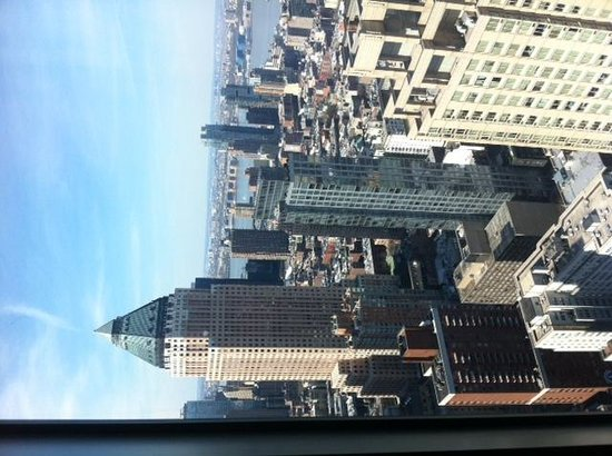 Residence Inn New York Manhattan/Central Park: 52nd floor corner room view